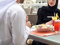 В Саудовской Аравии арестован мужчина, позавтракавший с коллегой-женщиной