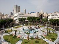 """В Тель-Авиве прошла акция протеста молодежи против """"карантина"""""""