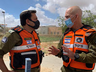 Командующий службой тыла посетил населенные пункты с высокой плотностью заразившихся COVID-19