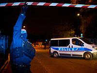 Полиция на месте преступления, где был найден обезглавленным учитель средней школы. Коммуна Конфлан-Сент-Онорин под Парижем, 16 октября 2020 года