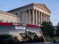 """Суд в Пенсильвании отклонил иск Трампа о пересчете голосов. """"Это помогает дойти до Верховного суда"""""""
