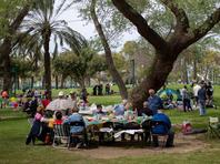 В Кирьят-Бялике запретят использование одноразовой посуды на пикниках в городских парках