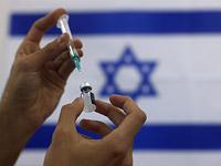 С 12 января первую дозу вакцины от коронавируса начнут массово получать израильтяне 55-60 лет