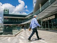 """Торговые центры и рестораны готовятся к открытию для владельцев """"зеленых паспортов"""""""