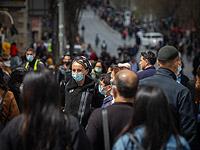 СМИ: специалисты минздрава продолжают спорить о необходимости защитных масок на улице