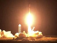 Во Флориде стартовала ракета-носитель Falcon 9 с кораблем Crew Dragon, направляющимся к МКС