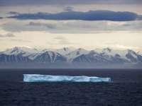 От Антарктиды откололся один из крупнейших в истории айсбергов