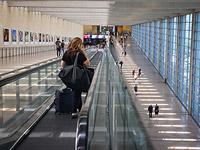 Сняты с рейса восемь пассажиров, пытавшихся вылететь в Россию без разрешения спецкомиссии