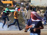 В ходе беспорядков в Наби Салех погиб 17-летний араб; возле деревни Бейта легко ранены двое солдат ЦАХАЛа