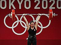 Олимпиада. Тяжелая атлетика. Победила канадка Мод Шаррон