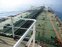 Иранский нефтяной танкер Faxon прошел около побережья ОАЭ и, вероятно, направляется в Ливан