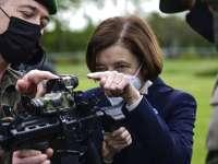 """""""Дело подлодок"""": министр обороны Франции отказалась встречаться с британским коллегой"""
