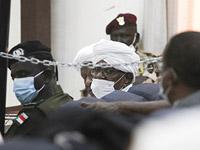 Бывший президент Судана Омар аль-Башир в суде