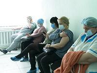 Украина: за сутки выявлены около 6800 заразившихся коронавирусом, 105 больных COVID-19 умерли