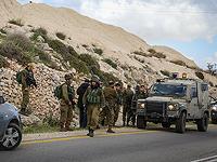 Возле Бейт-Гуврина проводится операция по спасению военнослужащего, упавшего в яму