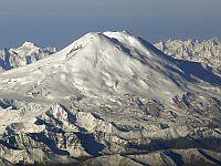 Спасатели не смогли из-за ухудшения погоды эвакуировать тела погибших альпинистов