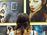 """Фотовыставка """"Три женщины – три мира"""": две израильтянки и немка покорили Тель-Авив"""