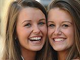 В Лондоне выбирали близнецов, похожих друг на друга как две части шоколадки