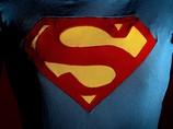 Американская семья спасла свой дом с помощью Супермена