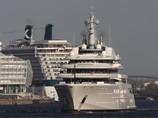 Роман Абрамович получил самую большую яхту в мире стоимостью $400 миллионов