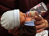 В США бабушка родила внука: Израиль обогнал Америку на четыре года (иллюстрация)