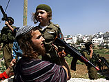 Еврейские поселенцы празднуют Пурим. 2005-й год