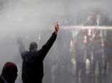 В Сирии проходят массовые акции протеста. Полиция применила слезоточивый газ