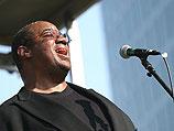 Классический негритянский вокал в Израиле: Кевин Махогани поет джаз, свинг и соул