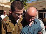 Гилад Шалит вернулся в родительский дом в Мицпе-Ила