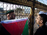 Около 70.000 палестинцев, супругов и детей израильских арабов, хотят въехать в Израиль