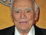 В Лос-Анджелесе в возрасте 95 лет скончался актер Эрнест Боргнайн