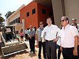 Министр просвещения Гидеон Саар посетил сегодня утром Хадеру с целью проверки уровня готовности к началу нового учебного года
