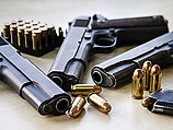 78-летняя жительница Кирьят-Гата добровольно сдала в полицию 4 ящика с оружием