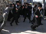 Предъявлены обвинения двум участникам нападения на солдата в Меа Шаарим