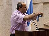 Ахмад Тиби отстранен от ведения заседаний Кнессета за воду, вылитую на законопроект