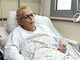 """Моник Офер в больнице """"Эмек"""" в Афуле. 12.10.2013"""