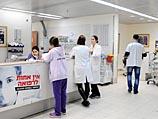 Пациентка, воткнувшая использованную иглу в руку врача, - носительница вируса гепатита С
