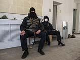 Луганск, в здании СБУ после захвата. 7 апреля 2014 года