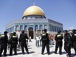 Столкновения на Храмовой горе, арабы забросали полицейских камнями