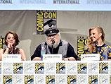 Джордж Мартин и актеры сериала 25 июля 2014 года