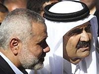 3-й эмир Катара шейх Хамад бин Халифа аль-Тани во время визита в Газу в 2012 году, вместе с главой правительства ХАМАС Исмаилом Ханийей