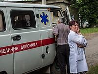 В результате обстрела села в Донецкой области погиб мирный житель, его жена ранена (иллюстрация)