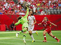 Чемпионат мира: японки и англичанки вышли в полуфинал
