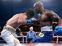 Бокс: Тимоти Брэдли победил Джесси Варгаса. Руенроенг защитил титул