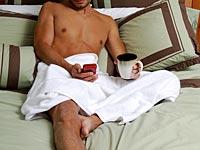 Ученые: секс по телефону укрепляет отношения