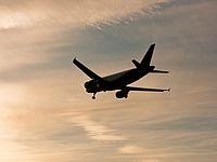 """В """"Когалымавиа"""" считают, что причиной крушения самолета было """"внешнее воздействие"""""""