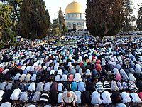Израиль ввел послабления для жителей ПА и Газы по случаю праздника Ид аль-Адха