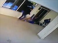 Задержан подозреваемый в нападениях на пожилых женщин в Реховоте, опубликована видеозапись