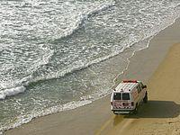 На побережье Герцлии едва не утонул 19-летний молодой человек