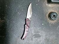 Возле Пещеры Праотцев у арабки, пришедшей с маленьким сыном, был обнаружен нож